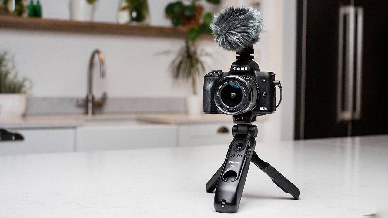 Canon M50 Mark II con un estabilizador Canon