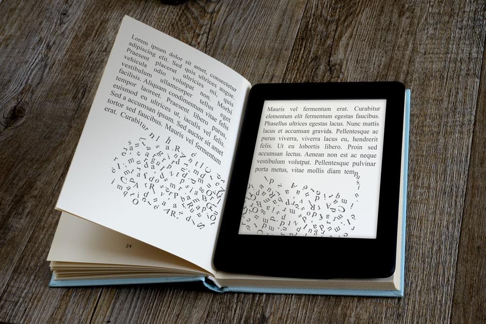 Comparación Kindle - Libro tradicional